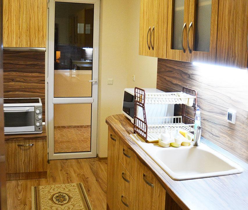 kitchen-m.r.